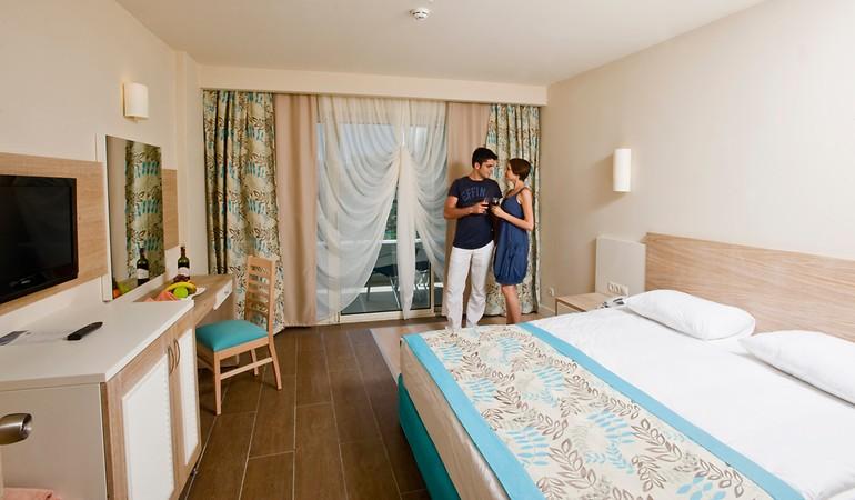 Crystal Sunrise Queen Luxury Resort & Spa Oda Resimleri