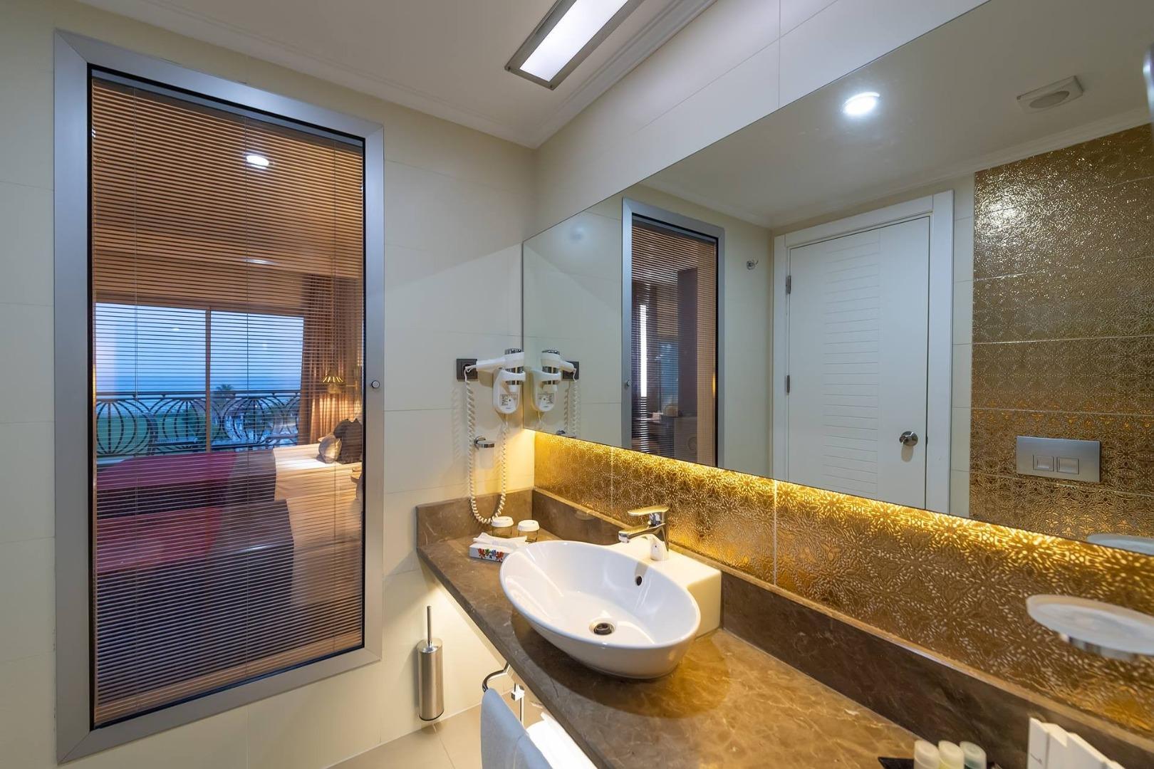 Kirman Belazur Resort & Spa Oda Resimleri