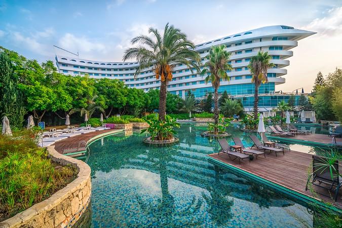 Concorde Deluxe Resort Hotel